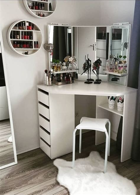 makeup vanities cases  stylish bedroom
