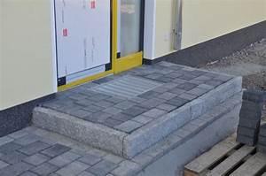 Hauseingang Pflastern Ideen : granit pflaster terrasse google suche granitpflaster pinterest pflaster einfahrt und ~ Markanthonyermac.com Haus und Dekorationen