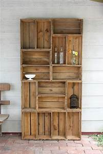 Diy pallets of wood 30 plans and projects pallet for Wooden pallet furniture