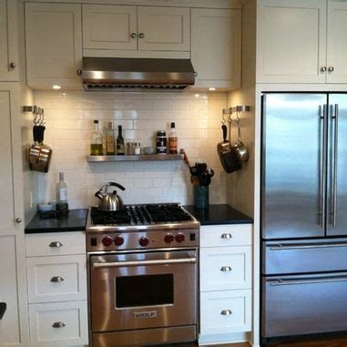 handles on kitchen cabinets 17 best images about kitchen 1920 s on 4132