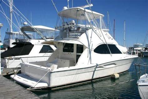 Boatsales Riviera 40 by 2004 Riviera 40 Flybridge Boats Yachts For Sale