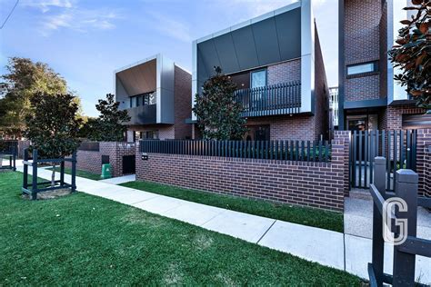 Green St Property :: 128 Corlette Street, Cooks Hill, NSW 2300