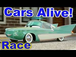 Cars 2 Video : cars 2 the video game flo race on hyde tour youtube ~ Medecine-chirurgie-esthetiques.com Avis de Voitures