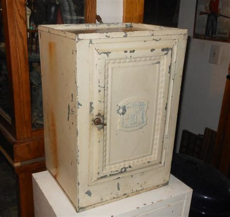 cake cabinet home comfort bread and cake cabinet 1920s collectors weekly