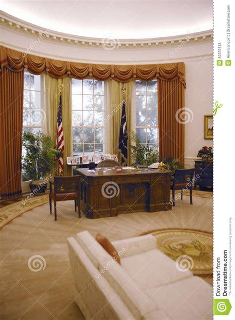 bureau ovale maison blanche reproduction du bureau ovale de la maison blanche à la