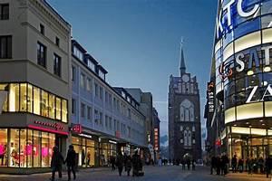 Rostock Verkaufsoffener Sonntag : rostocker einkaufsmeile kr peliner stra e rostock ~ Eleganceandgraceweddings.com Haus und Dekorationen