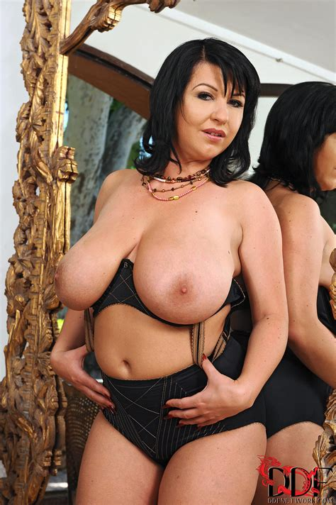 Stacked Kora Porn Pic Eporner