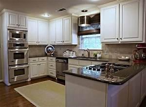 U Shaped Kitchen Casual Cottage