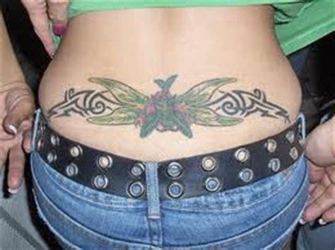 tatuagem  coccix