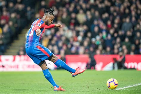 Crystal Palace Signs Batshuayi On Loan Again - EPL Whistle