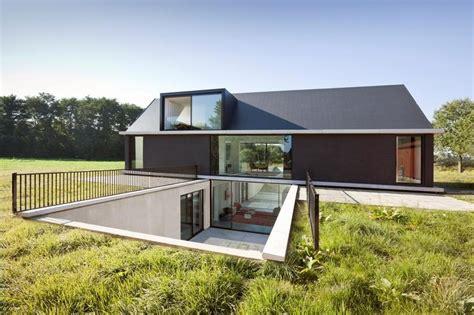 modern craftsman style house plans modern barn style home plans modern craftsman style homes modern style homes design