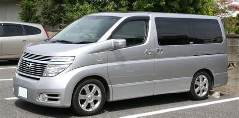 Nissan Elgrand Image by File 2003 2004 Nissan Elgrand Highway Jpg Wikimedia