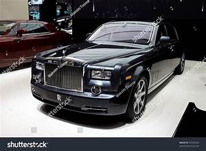 Rolls Royce France : paris france september 30 paris motor show on september 30 2010 in paris showing rolls ~ Gottalentnigeria.com Avis de Voitures