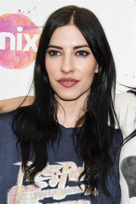 lisa origliasso wavy loose waves hairstyle steal  style