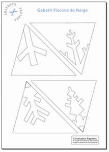 Flocon De Neige En Papier Facile Maternelle : flocons de neige en papier gabarit de d coupe imprimer essayer pinterest flocons de ~ Melissatoandfro.com Idées de Décoration