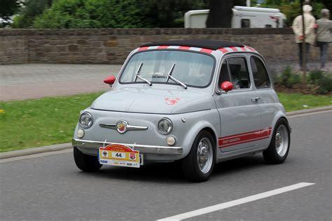 File:Fiat Abarth 595, Bj. 1972, in Fahrt (2016-07-02 Sp ...