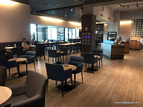airasia premium red lounge review  overview