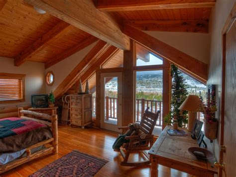 Rustic Colorado Log Cabin For Your Ski Or...