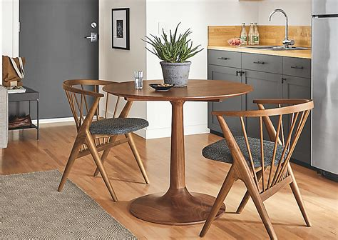 Dining Tables & Chairs For Small Spaces