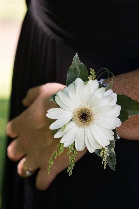 White Daisy Wrist Corsage Flower for a Girl