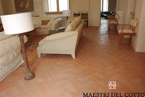 pavimento in cotto prezzi cotto antico prezzi pavimenti in cotto fatto a mano e