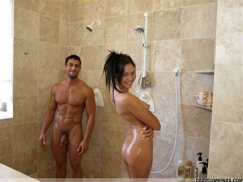 Sexy Hot Couple Naked In The Shower Tigolbittylover
