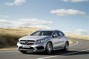 Mercedes 45 Amg : mercedes cla 45 amg and gla 45 amg receive 381 hp and other upgrades autoevolution ~ Maxctalentgroup.com Avis de Voitures