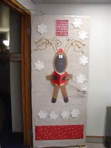 medical office christmas decorating ideas christmas door
