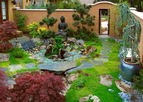 Wassereinrichtung Im Innenraumwasserbecken Mit Steinen by Zen Garten Anlegen Die Hauptelemente Des Japanischen Gartens
