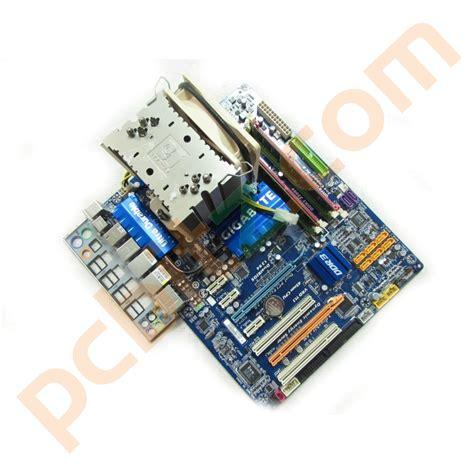 Gigabyte GA-EP45-UD3P REV 1.0 LGA775 + Intel Q9400 4GB ...