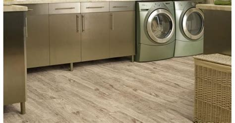 Downs H2O Shaw Sunwashed flooring from www.flooringamerica