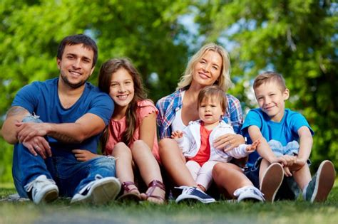 12646 professional photography of family benefits of s pore pr advantages of immigration to singapore