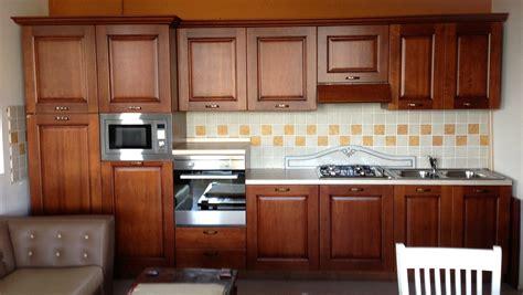 Cucine In Noce by Cucina Quot Bindi Quot In Noce America 10582 Cucine A Prezzi
