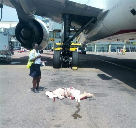 Cabin Crew Emirates by Flight Attendant Dies After Tumbling From Emirates Plane