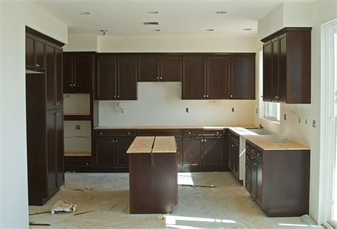 kitchen cabinets erie pa here s how to survive your renovation lifestyle goerie 6041