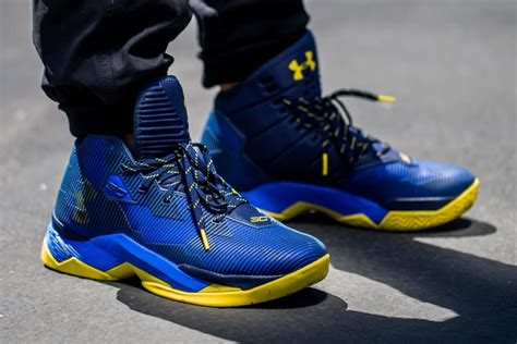 armour curry  dub nation sole collector
