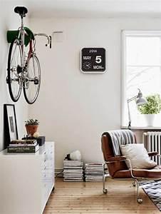 l39 horloge murale idees en photos pour decorez vos murs With couleur mur salon tendance 18 la decoration avec un meuble aquarium archzine fr