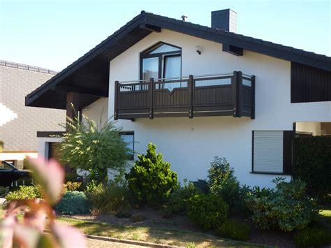 holz paulus wadern balkon balkongelaender aus holz alu und
