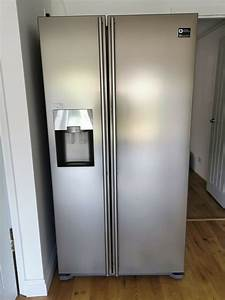 Samsung American Fridge Freezer With Filtered Water Cooler