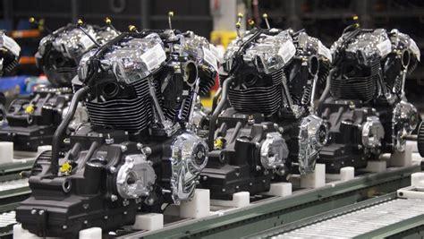 harleys  models  engine power sales rebound