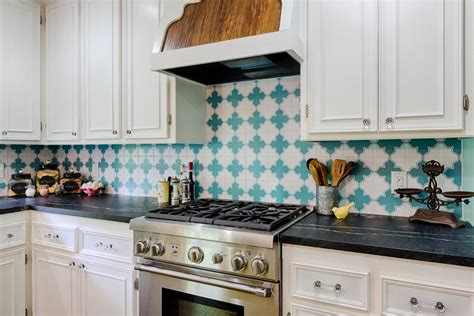 Pictures Of Kitchen Backsplashes : Our Favorite Kitchen Backsplashes