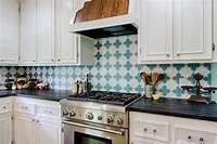 backsplash tile pictures Our Favorite Kitchen Backsplashes   DIY