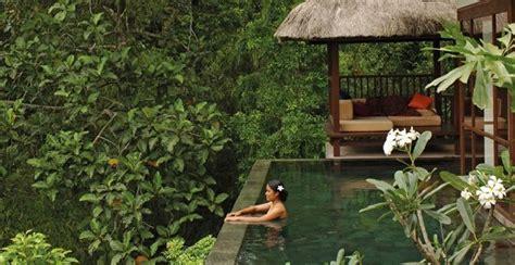 ubud hotel resort  bali  infinity pool