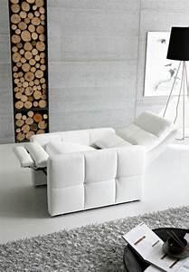 Fauteuil Salon Design : fauteuil salon cuir design id es de d coration int rieure french decor ~ Teatrodelosmanantiales.com Idées de Décoration