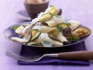 Pilz Rezepte Vegetarisch : zucchini pilz pasta rezept eat smarter ~ Lizthompson.info Haus und Dekorationen