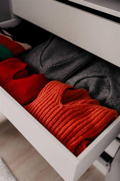 Kleiderschrank Richtig Ordnen by Kleiderschrank Ausmisten Tipps Tricks