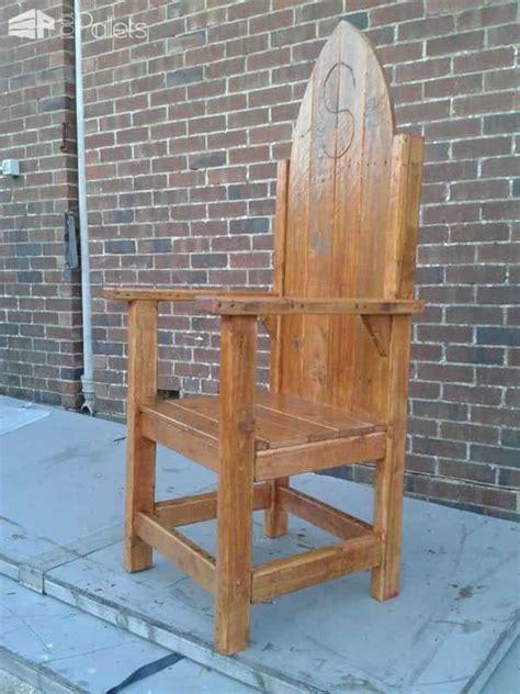 thrones  throne   pallets