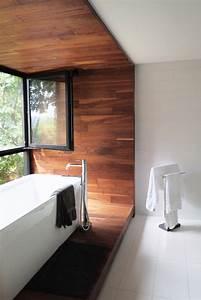 Revetement Mural Salle De Bain : stunning plafond salle de bain noir et blanc photos ~ Edinachiropracticcenter.com Idées de Décoration