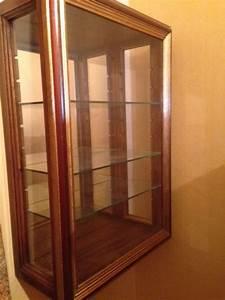 Petite Vitrine En Verre : vitrine murale en bois id es de d coration ~ Dailycaller-alerts.com Idées de Décoration