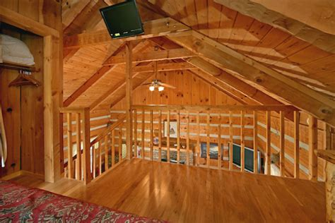 book  bedroom log cabin pigeon forge tennessee  cabins